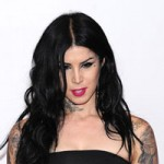 Tattoo Artist Kat Von D Commit Plastic Surgery At The Early 30s