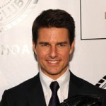 Sexy Dad Tom Cruise Denies Plastic Surgery